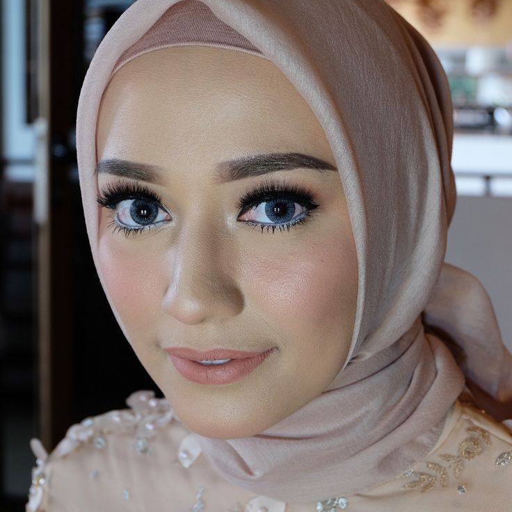Hijab Engagement / Muslim Brides / Engagement Makeup by fitaangela on Instagram ☁ @terosha ☁