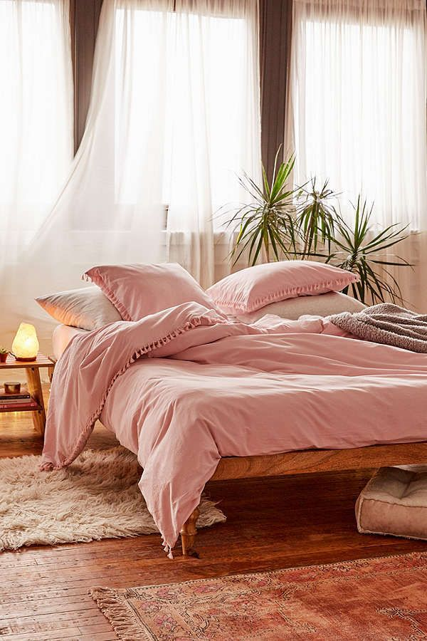 Pink bedroom - Urban Outfitters Washed Cotton Tassel Duvet Cover