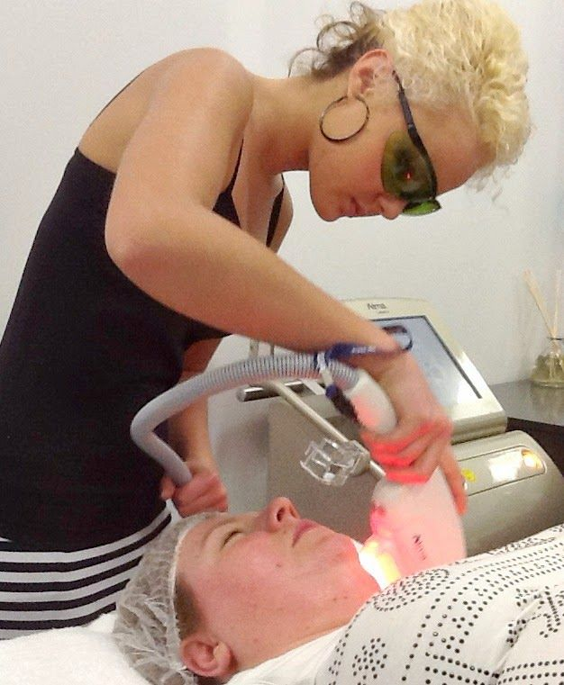 {Review} - The Laser Beautique ... a one stop shop for all your beauty needs ...
