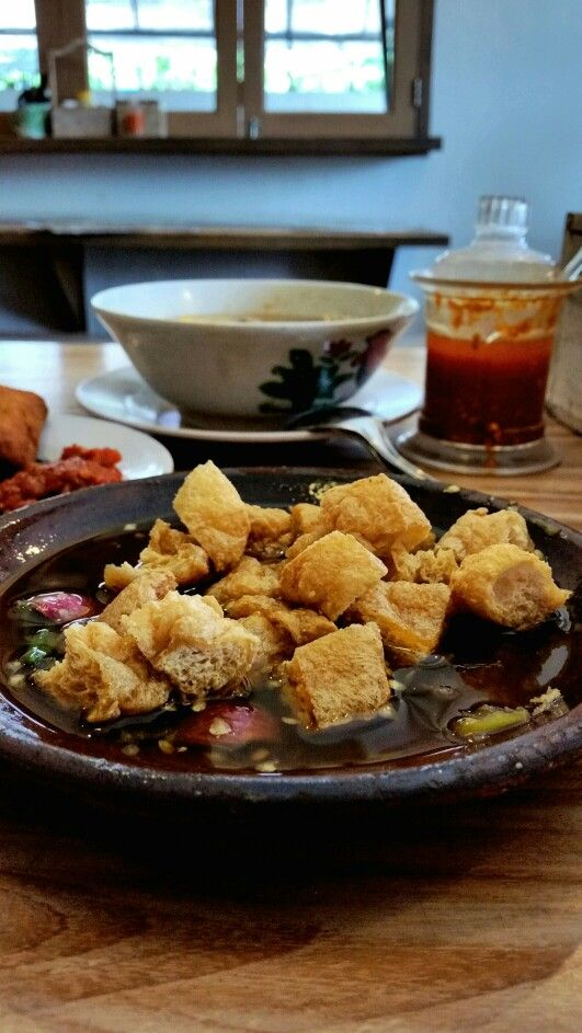 """Tahu Gejrot"", Gerobak Betawi, Jakarta"