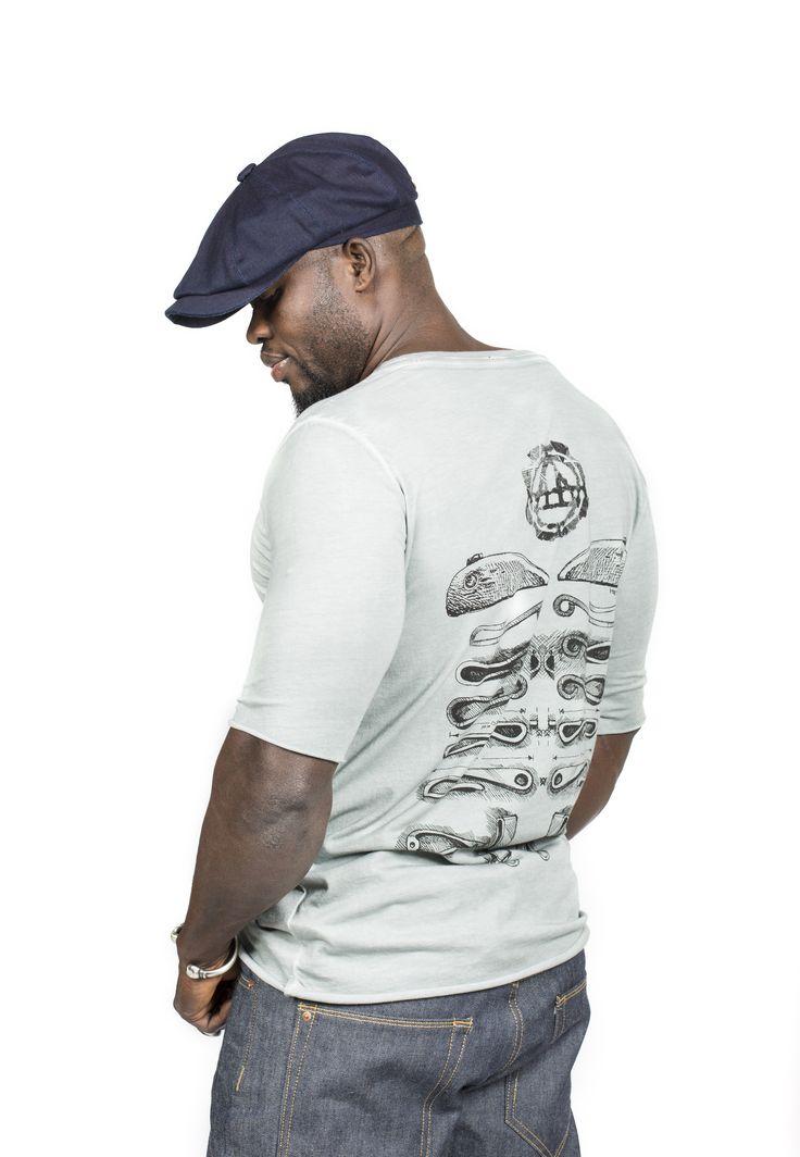State Grey Extra langes T-Shirt mit Print € 49.50 INKOGNITO Jeanshose € 149.00 #Herrenmode #Herrenschatz  #Herrenschmuck #Newdesinger2016  #Streetwear  #Manswear