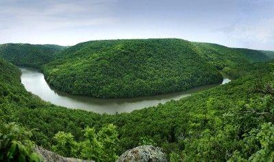 NP Podyjí – výhled do kaňonu ze skalky pod Královým stolcem.