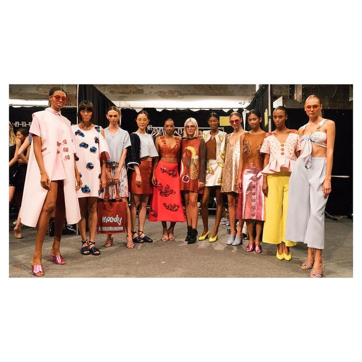 'Project Runway' crowns Erin Robertson Season 15 winner Project Runway has crowned Erin Robertson its fifteenth-season champion. #ProjectRunway #ZendayaColeman #NinaGarcia #TimGunn #HeidiKlum @ProjectRunway