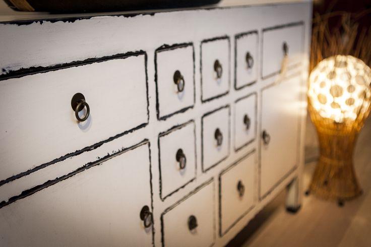 Ruime collectie Chinese meubelen bij Happy Home. http://www.happy-home.nl/shop/chinese-meubelen.html
