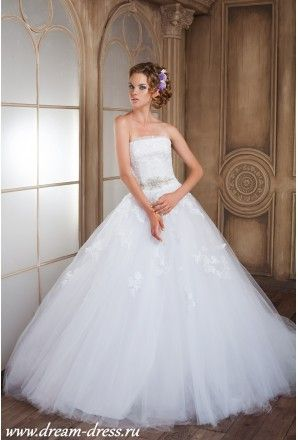 Недорогие свадебные платья в Санкт-Петербурге