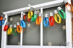 Christmas light strand tutorial. Super cute! I want to make these... I wonder if I will have time this year... -TeCHS