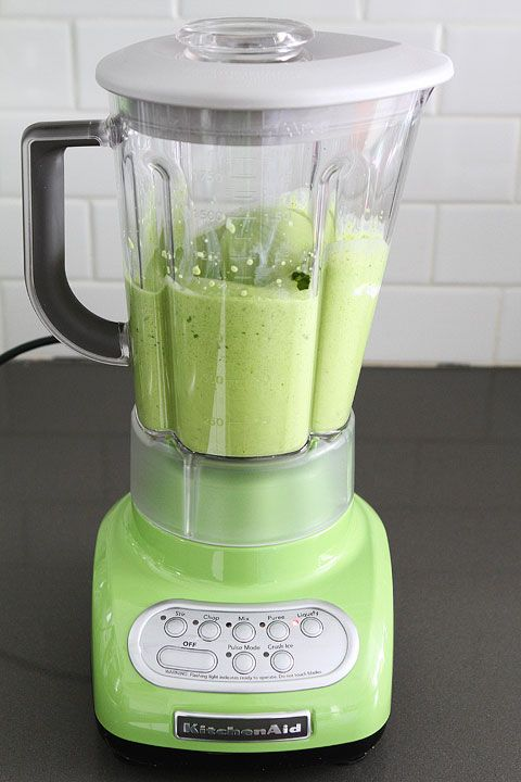 Green Apple KitchenAid Blender Giveaway & Coconut Green Smoothie Recipe on www.twopeasandtheirpod.com