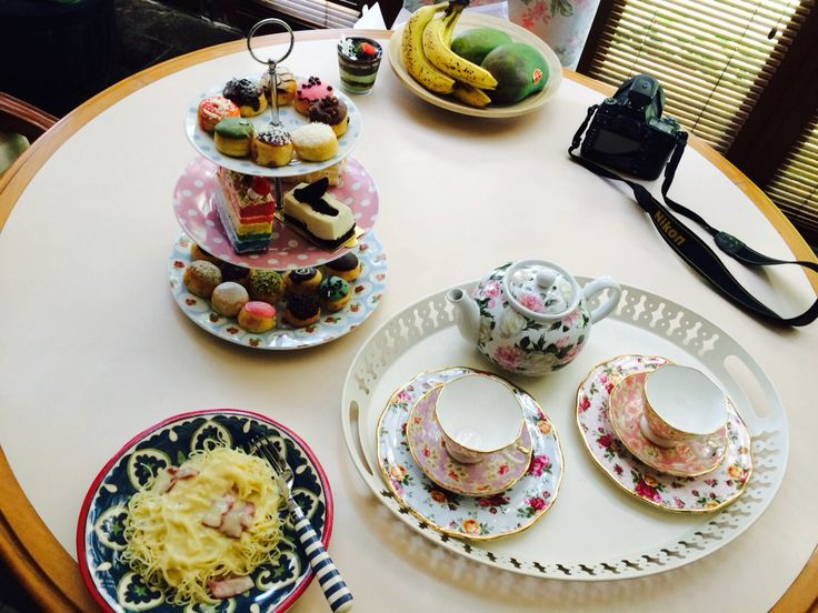 Tea Time?? yess photoshoot timee