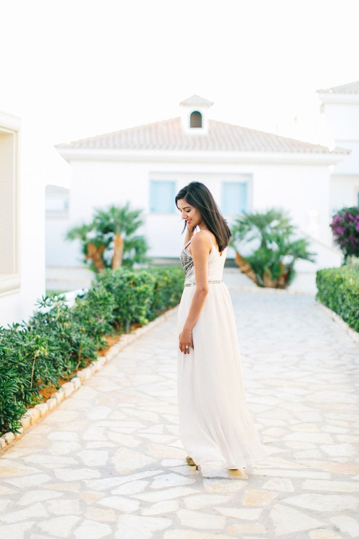 Read More on SMP: http://stylemepretty.com/vault/gallery/110613