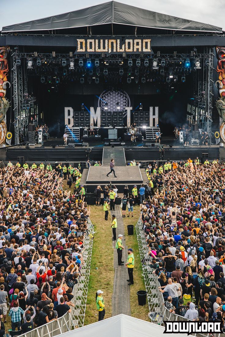 Rockers and metal lovers shouldn't miss Download Festival (Donington Park, UK) where bands such as Iron Maiden or Rammstein have played. This year is not gonna be worst: Muse, Kiss, Slipknot or Judas Priest are leading its line-up. There are no excuses!