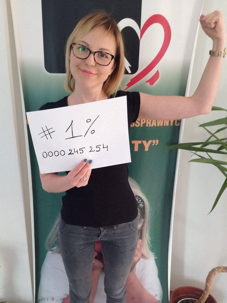 Kamila zachęca do przekazania 1% podatku: ))