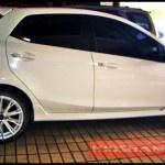 Velg Racing VIP elaborar mooblock pada mobil Ford fiesta