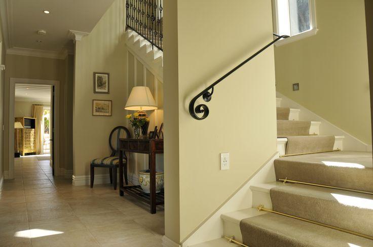 A beautiful cream colour scheme adorns this lush carpet staircase.