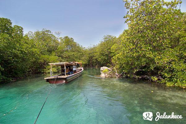 Memasuki Pulau Sangiang