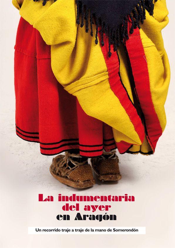 Portada del libro que reúne más de 50 modelos de indumentaria tradicional aragonesa
