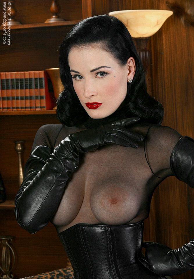 Naked vagina and boobs