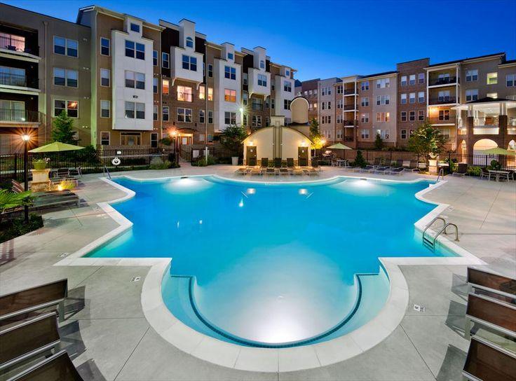 AMLI Lindbergh   Atlanta Apartments   The Pool At Night