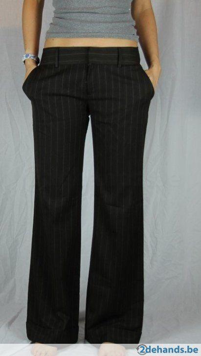 Bruine deftige losse broek van Zara - Maat 42