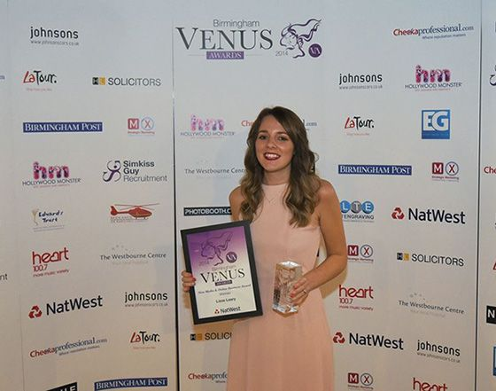 Internet-based fashion shoes business KindredSole.com has scooped another prestigious award for founder and De Montfort University Leicester graduate Lizze Leary.