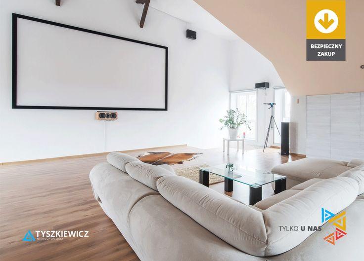 Marzyliście kiedyś o własnej, domowej sali kinowej? 🎥😊 Pomysłowo urządzony dom, w Kiełpinie Górnym, na pewno przypadnie do gustu maniakom filmowym 👍  Tylko spójrzcie co jeszcze kryje świetnie rozplanowane wnętrze: http://bit.ly/2juNSJC