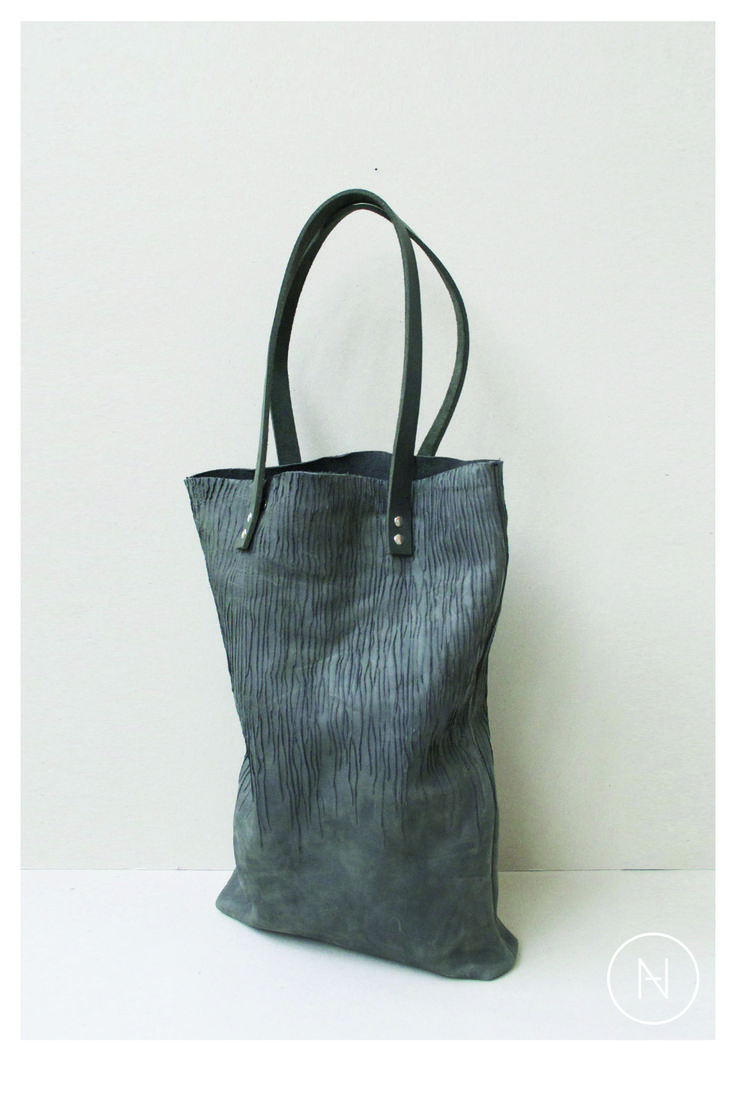 DAAN | leather shopper 'infected' > cactus wood