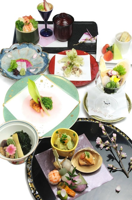 "Japanese traditional food ""Kaiseki"""