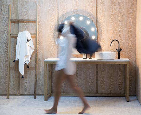 single washbasin unit and towel holder / oak + carrare marble by marmo spirito