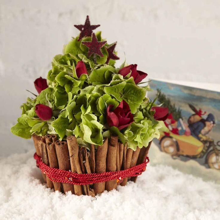 Oasis floral cupcake christmas tree cute
