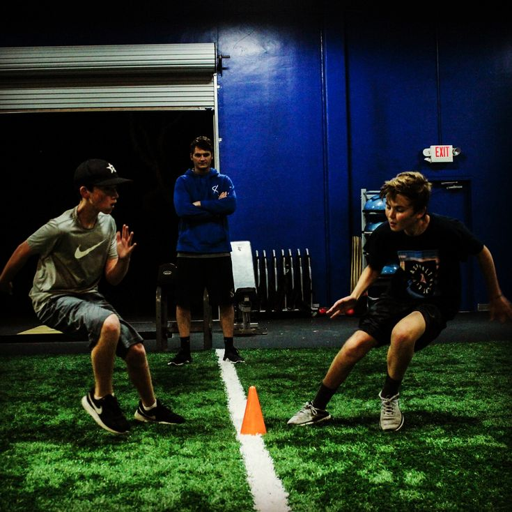 Mirror drills force athletes to react in a similar fashion to a game situation.  Reaction is where we see most of our mechanic breakdowns. Slowly build drills to address fundamental aspects of a movement and then go live.       #Activ8Athlete #Activ8Educates #CarlsbadCA #CarlsbadAthlete #CarlsbadTraining #CarlsbadLiving #CarlsbadLife #CarlsbadBeach #CarlsbadCalifornia #SanDiegoFitness #SanDiego #SanDiegoAthlete #Baseball #Sports #Training #Strength #Fitness #InstaWorkout #WorkOut #Strength…