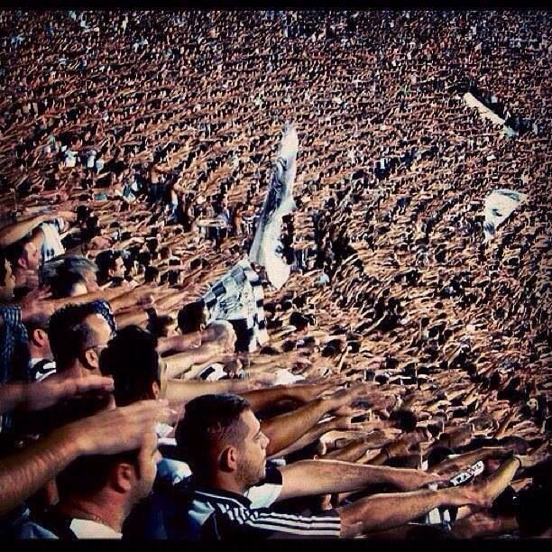 PAOK, funs in black