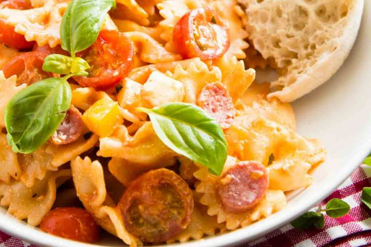 Salade de pâtes facile...pepperoni et fromage