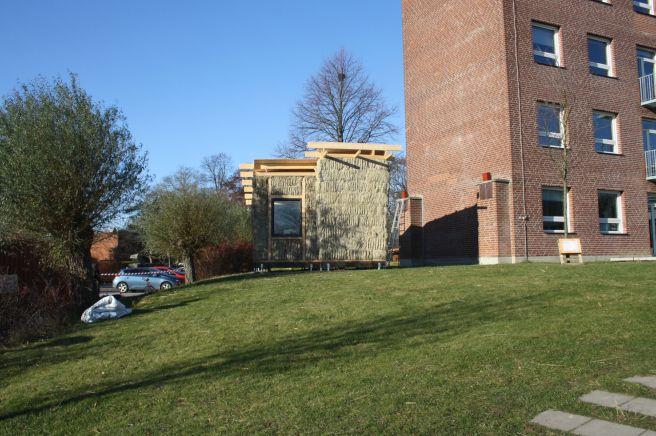 Halmbalshus vid Lunds Arkitektskola