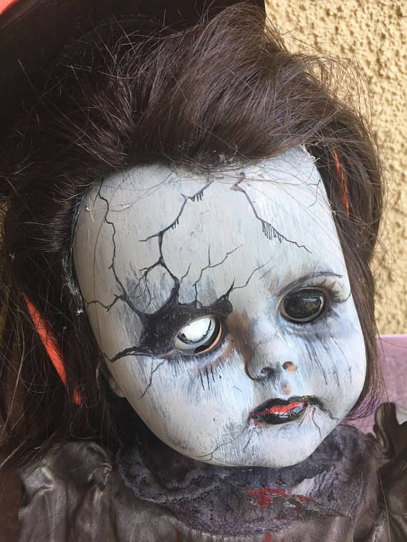 230 Best Creepy Dolls Images On Pinterest Scary Dolls