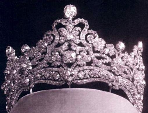 Antique Tiara of Crown Princess Stéphanie, Austria (diamonds). #AustrianTiara #ShaunaGiesbrecht #VonGiesbrechtJewels