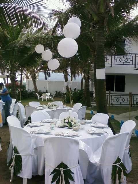 mesa organizada para playa