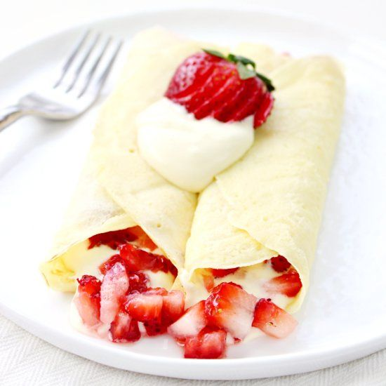 These Strawberry & Lemon Cream Crepes make a great breakfast or dessert! Easy and delicious!