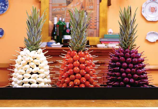 Aperitivo: Receba bem com charme e criatividade - Casa e Jardim - NOTÍCIAS - Aperitivos espetados no abacaxi