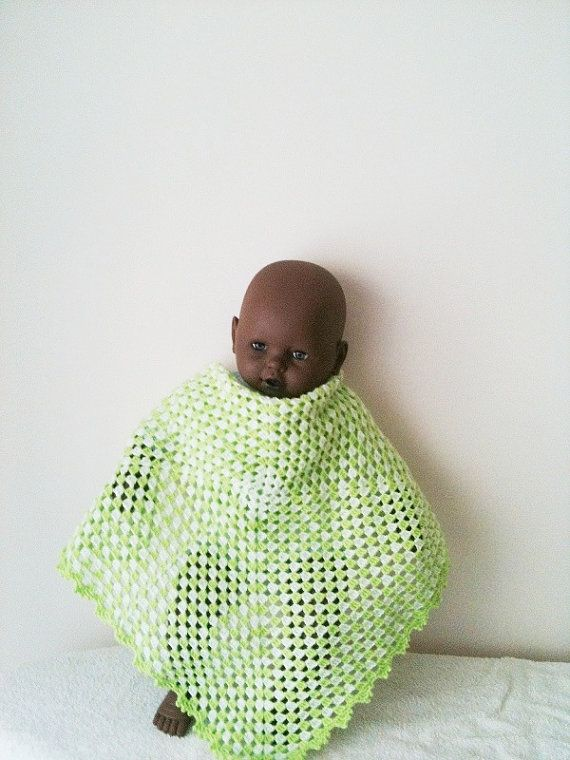 Crochet Baby Blanket Afghanstroller / travel  size in by NesrinArt