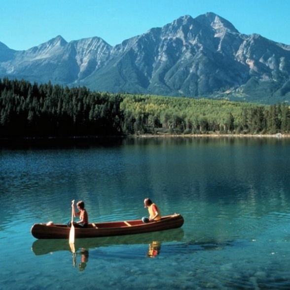 Canoe in British Columbia and stay in a log cabin