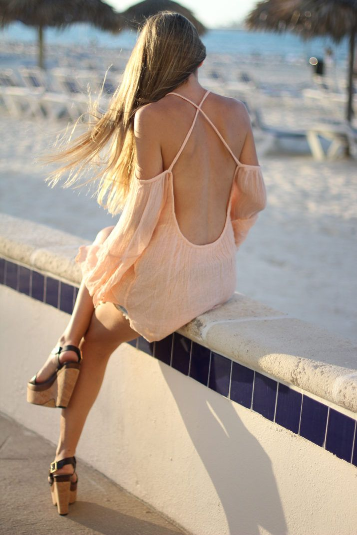 Open Back Top… My 5th Look In Bahamas For Revolve ( Tanks & Denim Jeans )