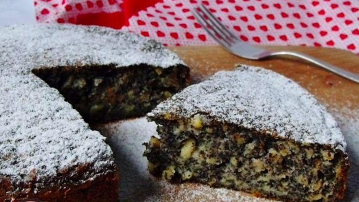 Makový koláč s jablkami pripravený už za 2 minúty! Chutí úplne báječne a pochutí si na ňom každý!