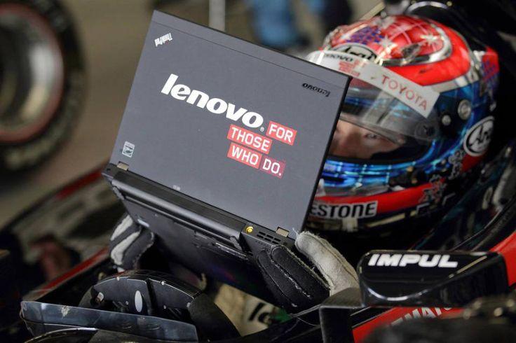 Nuestra ThinkPad en Japón, preparándose antes de una carrera del Team Impul.  www.lenovo.com/ar