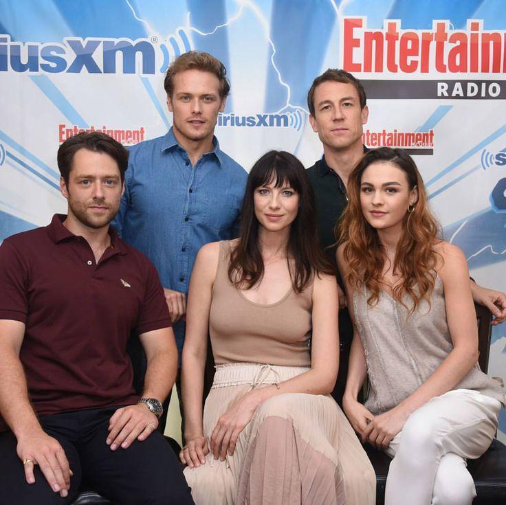 #Outlander cast ~ #SDCC #SDCC2017 . Via FarFarAway . #SamHeughan #CaitrionaBalfe #TobiasMenzies #RichardRankin #sophieskelton