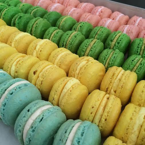 #handmade #greek #macarons! www.thesweetspot.gr