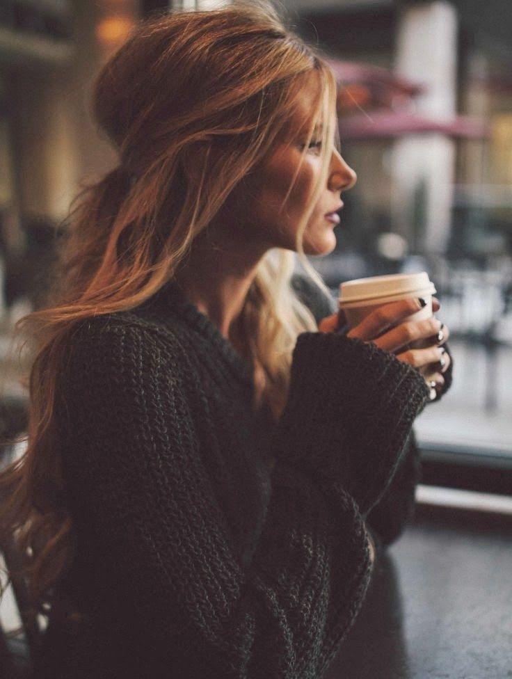 Mood do dia - cabelo meio preso + tricô + chá...