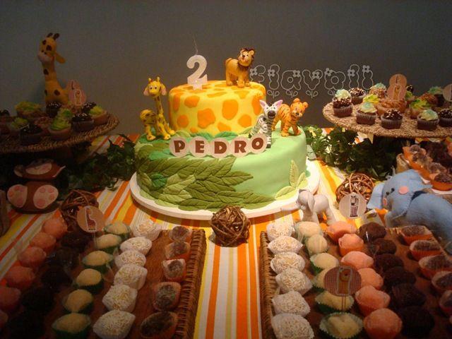 Nome no bolo  : flavoli.net - Papelaria Personalizada :: Contato: (21) 98-836-0113 vendas@flavoli.net