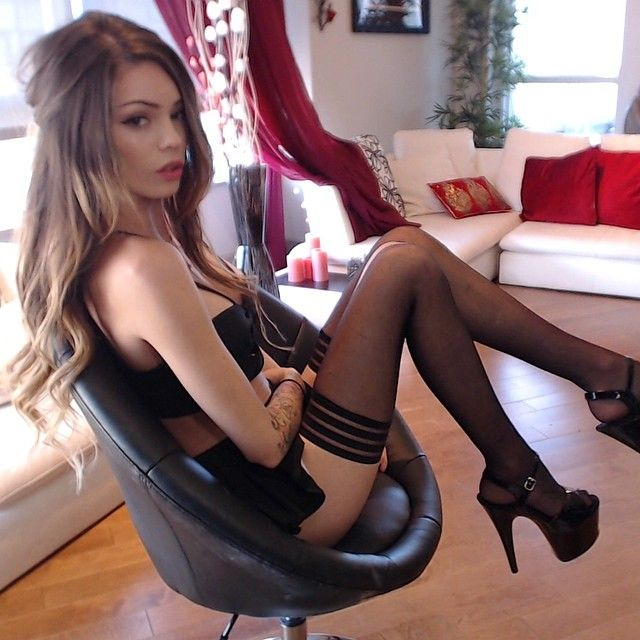 Her seductive pantyhose cute young, suck my big pussy lips