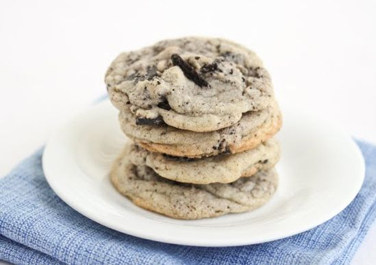Cookies and Cream Cookie | Community Post: 30 Amazing Cookies For Your Holiday Cookie Swap