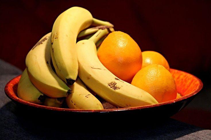 تعر ف على تفسير حلم الموز والبرتقال لابن سيرين In 2021 Nutrition Fruit Food
