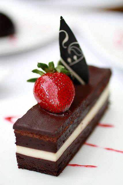 Gâteau au chocolat et fraise